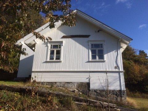 BYGDELOKALE: Farrisheim er et av mange lokaler i mindre lokalsamfunn i Larvik. Nå kan de feire sine første 100 år.