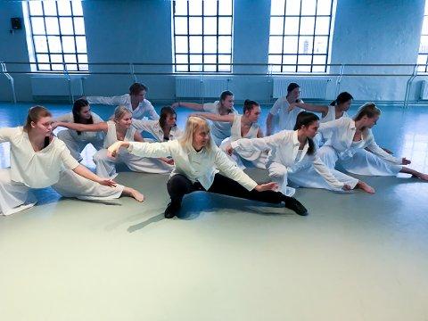 VAKKERT: Tai Chi er en vakker bevegelsesform som gjør neste Nille-forestilling litt spesiell.