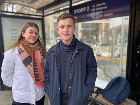 Zeriane Gulla og Olav Eftedal sa tidligere i år at de ønsket seg bedre nattbusstilbud, nå er ønsket innvilget.