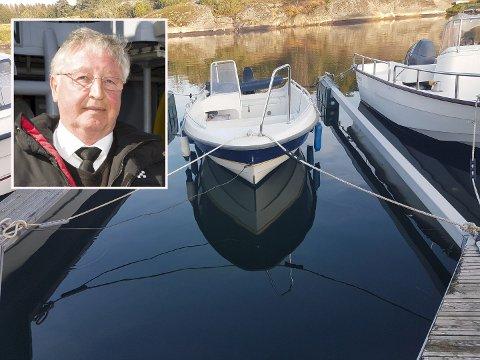 DRAMATISK: I denne 15 fots båten havnet Jan Olaf Wiik (innfelt) og hans familen midt i den tropiske stormen søndag.