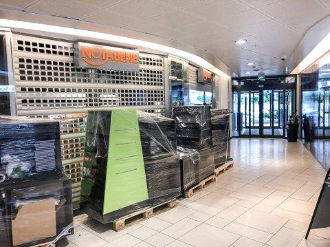 AVVIKLER: Notabene er nå i gang med å legge ned på Amfi i Larvik sentrum.