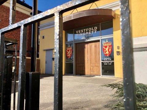 DØMT: En tidligere lærer i Larvik kommune er dømt til fengsel for seksualiserte bilder av barn og chatting om grove seksuelle overgrep. Arkivfoto: Elisabeth Løsnæs