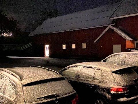 Lett snø i Svarstad tirsdag morgen
