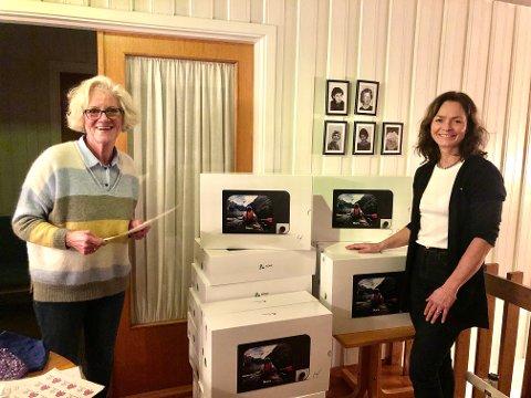 MOT ENSOMHET: Ellen Midtvik og Elisabeth Reffhaug har en ny oppfinnelse mot ensomhet å bidra med.