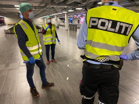 KLARE: Kommunen og politiets grensekontroll er klare til å ta i mot mange utenlandske passasjerer på nyåret.