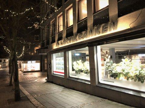 NY SVINDEL: Larvikbanken er en av mange lokalbanker der kundene nå forsøkes svindlet.