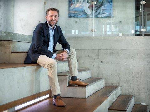 VARIGE ENDRINGER: Thomas Wolf fra Sandefjord leder et selskap som tilbyr digitale løsninger for hjemmekontor. Han tror at vi også etter dagens krise kommer til å jobbe mer hjemmefra.