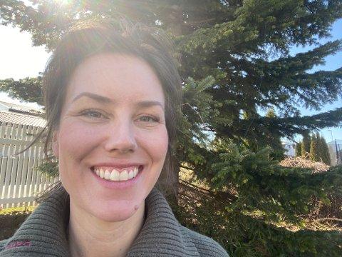 NY LEGE: Henriette Fanebust fra Tønsberg, starter opp som spesialist i Larvik i juni. – Jeg gleder meg, sier hun. (Foto: Privat)