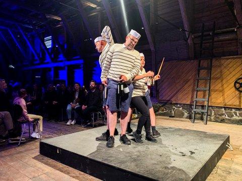 PREMIERE: Kruttårngjengen entret Galeiscenen lørdag ettermiddag for premiere på årets forestilling: Frankenstein.