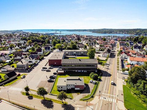 SKRIVERGÅRDEN: Selskapet som i høst kjøpte Skrivergården AS med både boligblokker næringseiendom og tomt er hovedkunden når Eskil Støvland nå starter eget firma.