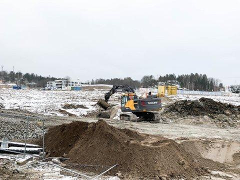 PROSJEKTER: Det er flere boligprosjekter i Larvik som bygges på kvikkleiregrunn. Blant annet på Torsvedtjordet ved Nordbyen. Både utbygger og Larvik kommune forsikrer at rutinene for undersøkelser knyttet til slike prosjekter er gode og at det er trygt å bygge.