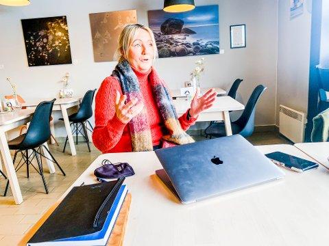 HÅPER KOMMUNEN BEHOLDER GJESTEHAVNA: Inger Kristine Grønvold frykter konsekvensene hvis Larvik kommune bestemmer seg for å selge Losen med tilhørende rettigheter til gjestehavna.