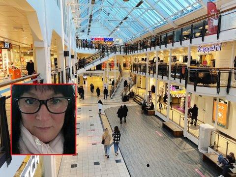 MUNNBIND: Aina Marlen Norin-Tollefsen mener at folk i Tønsberg må bli flinkere til å bruke munnbind, for både egen og andres sikkerhet.