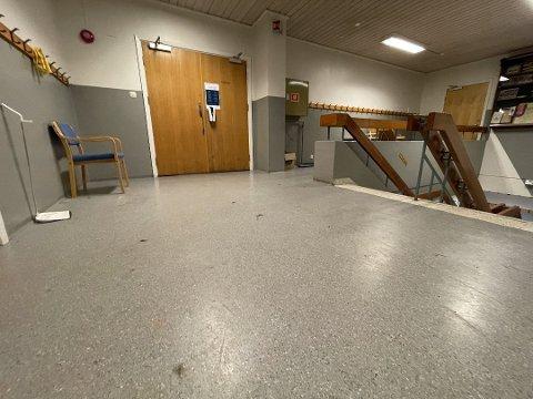 FYRVERKERI: Slik så gulvet ut etter hendelsen onsdag kveld.