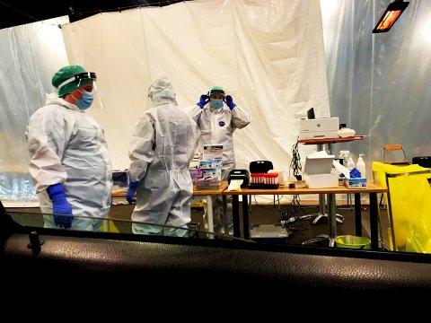 17.000 personer lot seg teste for koronaviruset foregående uke. Her fra luftveisklinikken på Stensarmen i Tønsberg.