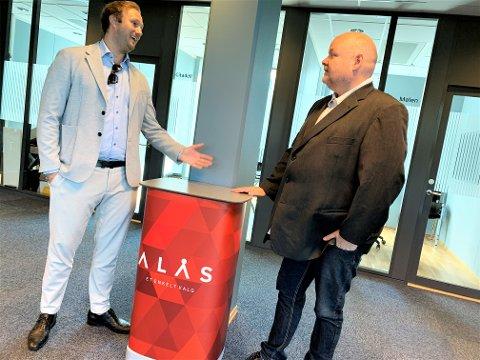 VOKSER: Daglig leder Poul Erik Hoffmann og salgssjef Jørn Nicolaisen i ALÅS forteller om en god utvikling og mer spenning i vente for firmaet.