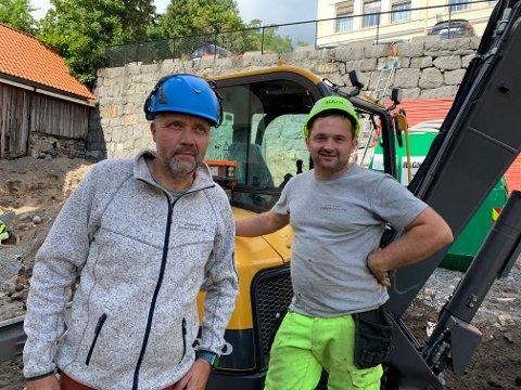 SAMMEN: Jørn Molteberg (54) og Gregor Bagiski (39) fikk med seg en investor og startet Vestfold Steinteknikk AS.
