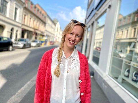 OM DEN VANSKELIGE TIDEN: Ellen Marie Løkslid aka Elly er åpen om den vanskelige tiden. Nå har hun kommet hjem - og landet.