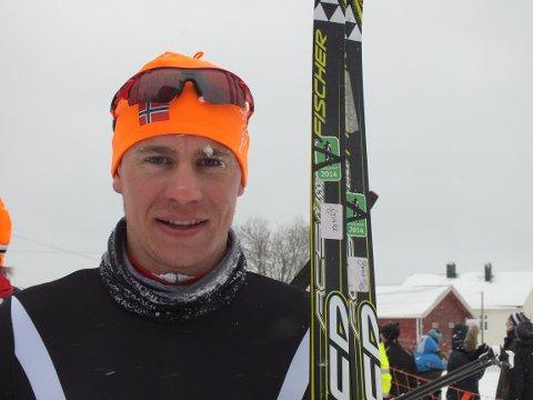 Thomas Gjestrumbakken fra Spydeberg vant spurtduellen i herreklassen.