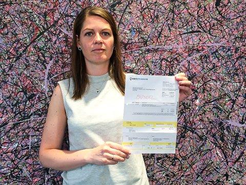 Hilde Torper i regnskapsfirmaet Humana mottok svindelfakturaen. Nå vil hun advare mot å betale kravet. (Foto: Privat)