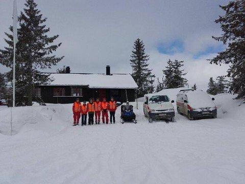 BEREDT: Mannskapene fra Nes Røde Kors har hatt vakt inne på Ljøsheim i Ringsaker i dag. (Foto: Hedmark Røde Kors)
