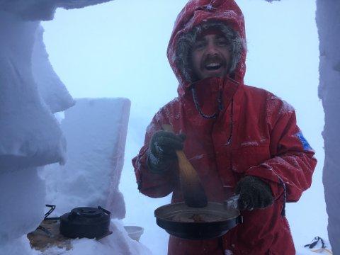 FRILUFTSSKOLE: I vinterferien skal Per Jørgen Høye (32) fra Trysil lære barn og unge om naturens gleder og muligheter.
