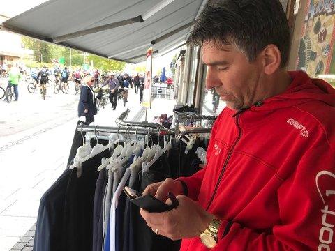 OPPGITT: – Syklisten fra Lofoten som hadde blitt frastjålet sin dyre sykkel var skikkelig fortvilet, opplyser Espen Bangshaug ved Sport1 i Rena sentrum.
