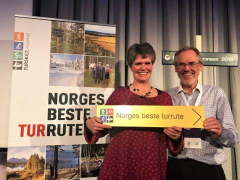 Margrete Ruud Skjeseth fra Hamar og Hedemarken turistforning og ildsjel Hans Kroglund