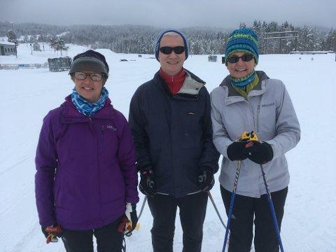BIRKEN-KLARE: Meg Bate, Glenn Patmore og Beth Woods er på plass på Lillehammer, klare for både IngaLåmi og TurBirken.