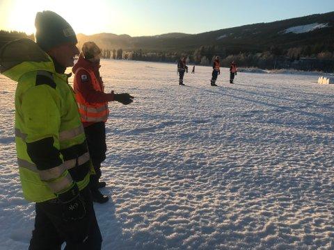 SØKER:Om lag 20 mannskaper fra Fredsinnsatsgruppa i Engerdal  (Sivilforsvaret) deltar i finsøket etter den savnede kvinnen i Rendalen.