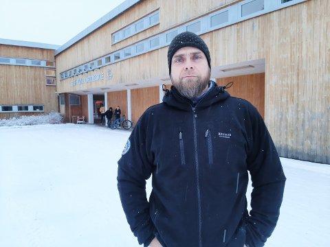 KRITISK: Øyvind Berget er adjunkt og kontaktlærer for 9. klasse på Stor-Elvdal ungdomsskole.