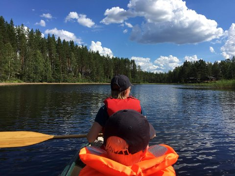 PADLEELV: Kynna er en populær padleelv på Finnskogen. Nå skal grunneierne organisere seg for å være med i utviklingen rundt elva.