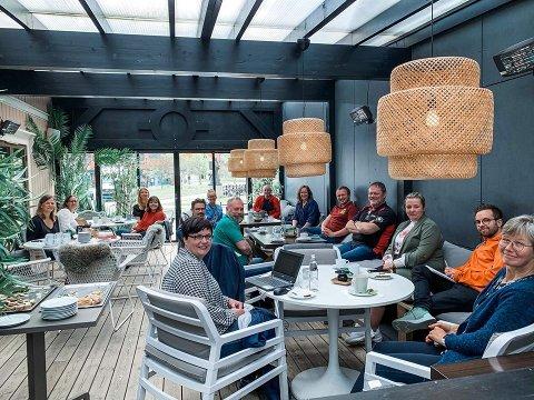 MÅ BESTEMMES RASKT: Her sitter Sentrumsforeningen i Elverum i planleggingsmøter for hvordan Elverumsdagene likevel kan arrangeres.