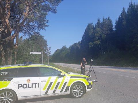 LASER: Det var mange sjåfører som ble vinket inn av denne UP-patruljen torsdag.