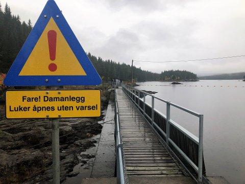 REGN, REGN, REGN: Etter flere måneder med dramatisk nedgang i norske vannkraftmagasin, er regnet i ferd med å snu situasjonen, viser tall fra NVE. FOTO: INGVAR SKATTEBU