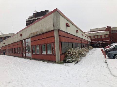 SMELL: Legekontoret på Tynset skal renoveres. Det kan bli langt dyrere enn budsjettert.