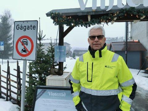 GÅGATE: Leder i Leiret Arbeiderlag, Frank Ophus, er klar på at både Rådhusplassen, og Storgata ned til torvet må bli bilfritt.