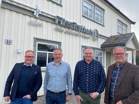 Anders Fjeld (t.v.) fortsetter som daglig leder i Spire kommunikasjon, som er etablert på Flisa og på Jessheim. Per Otto Sletten fortsetter som daglig leder på Flisa Trykkeri, mens Ole Peder Berggren er produksjonsleder. Einar B. Strømstad er styreleder i Spire Gruppen.