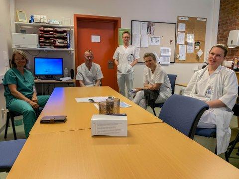 MATTE: Overleger ved sykehuset i Elverum konstaterer at vedtaket ikke ble som de ønsket seg. Fra venstre: Trine Krog, Helge Wangen, Anders Meyer-Nilsen, Line Kathrine Lund og Heidi Haande.
