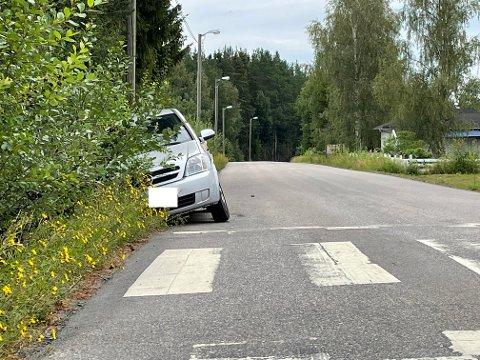 UTFORKJØRING: Her endte kjøreturen til kvinnen i slutten av tenårene som er mistenkt for ruskjøring.