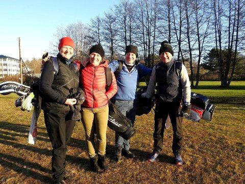 Koste seg på banen: Anne Wold, Gina Gisholt, Erol Haagenrud og Morten Wold. Gina og Erol kom fra Oslo da det klødde litt mye i golfarmen.