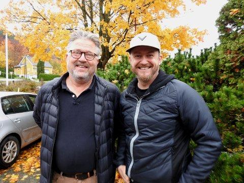 Her er driverne på Fairway Golfsenter: Ole Amundsen t.v. og Tjøme Golfklubbs pro, Martin Simensen.