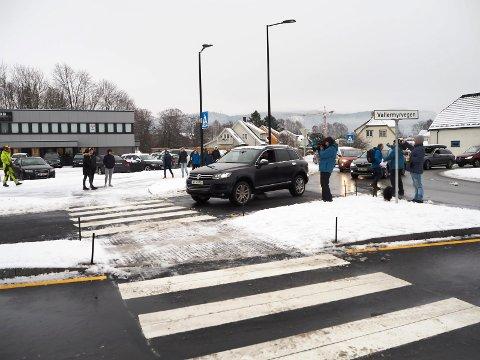 ÅPNET: Fredag åpnet den nye veien folk har ventet på i 50 år.