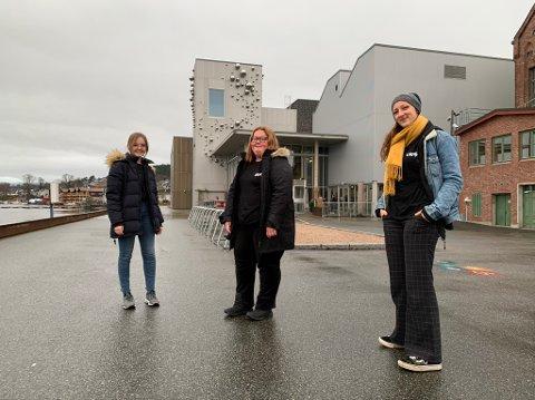 Fra venstre: Sofie Brækken Stein, Mathilde Tolstad og Heidi Bekkevold sier at UKM 2021 kommer til å bli gjennomført uansett, i en eller annen form. – Om så utelukkende digitalt, lover de.