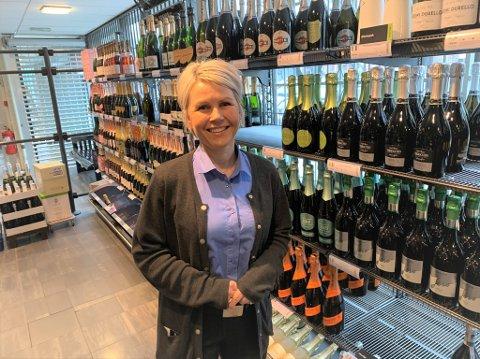 Kjersti Grana Johansen er butikksjef ved Vinmonopolet i Storgata, som snart flytter inn i Domus-bygget.