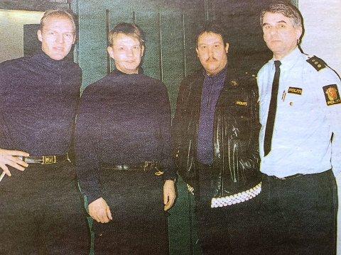 TEAMET: Politikonstabel Einar Rossbach, politioverkonstabel Stein Watne, politibetjent Leif Christensen og politibetjent Andreas Cleve klarte i fellesskap å få ut de fire i arresten til Telemark politikammer.
