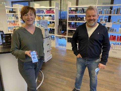 SPENTE: Regionsjef Mette Sørlie og sjef Kai Ytredal er spente på den nye appen. – Vi håper flest mulig vil bruke den.