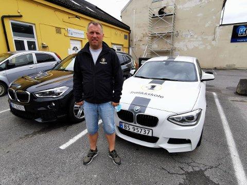 BEKYMRET: Gunnstein Ekman-Sunde ved Nr.1 Trafikkskole forventer stor pågang grunnet smittefrykt.