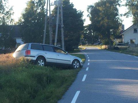 Bilføreren hadde rømt fra soning. Ruset kjørte han av Kåenveien ved Degnes og ble tatt av politiet.