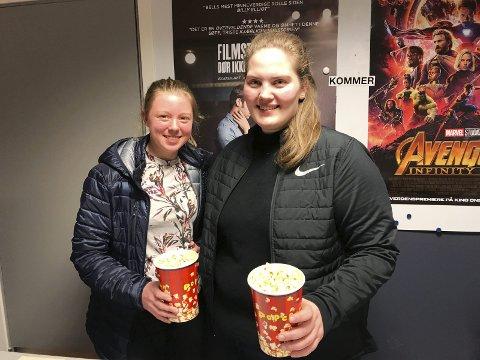 Kinokveld: Nestleder Eline Thune og leder Elise Lilletorp Lien i Ungdomsrådet. Foto: Privat